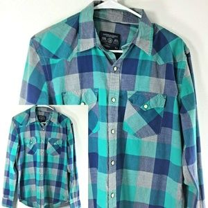 American Eagle Vintage Fit Pearl Snap Shirt